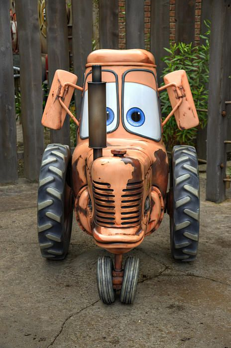 Mater S Tractor By Ricky Barnard Tractors Car Cartoon Cars Movie