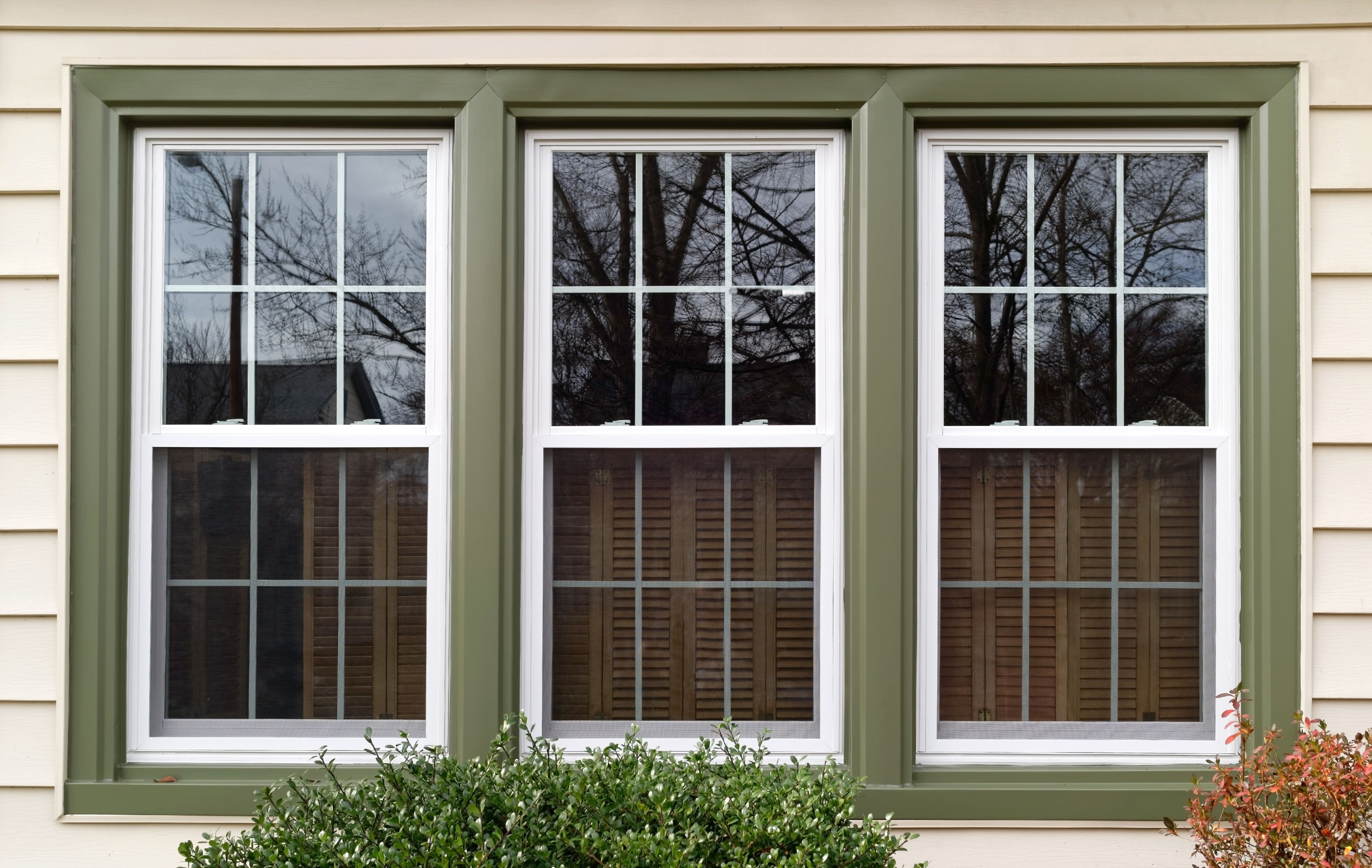 Free Moving Checklist Tips To Plan Your Next Move Get Help Moving In 2020 Best Replacement Windows Vinyl Replacement Windows Window Brands