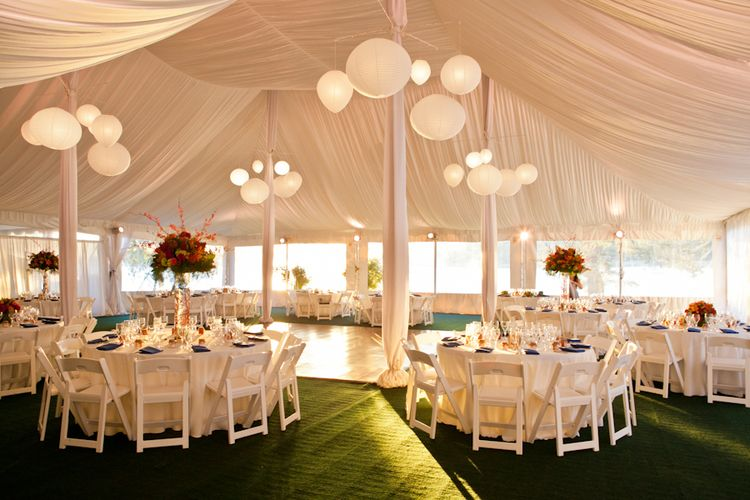 Marquee Wedding Love The Green Gr Style Carpet And Beautiful D Ceiling