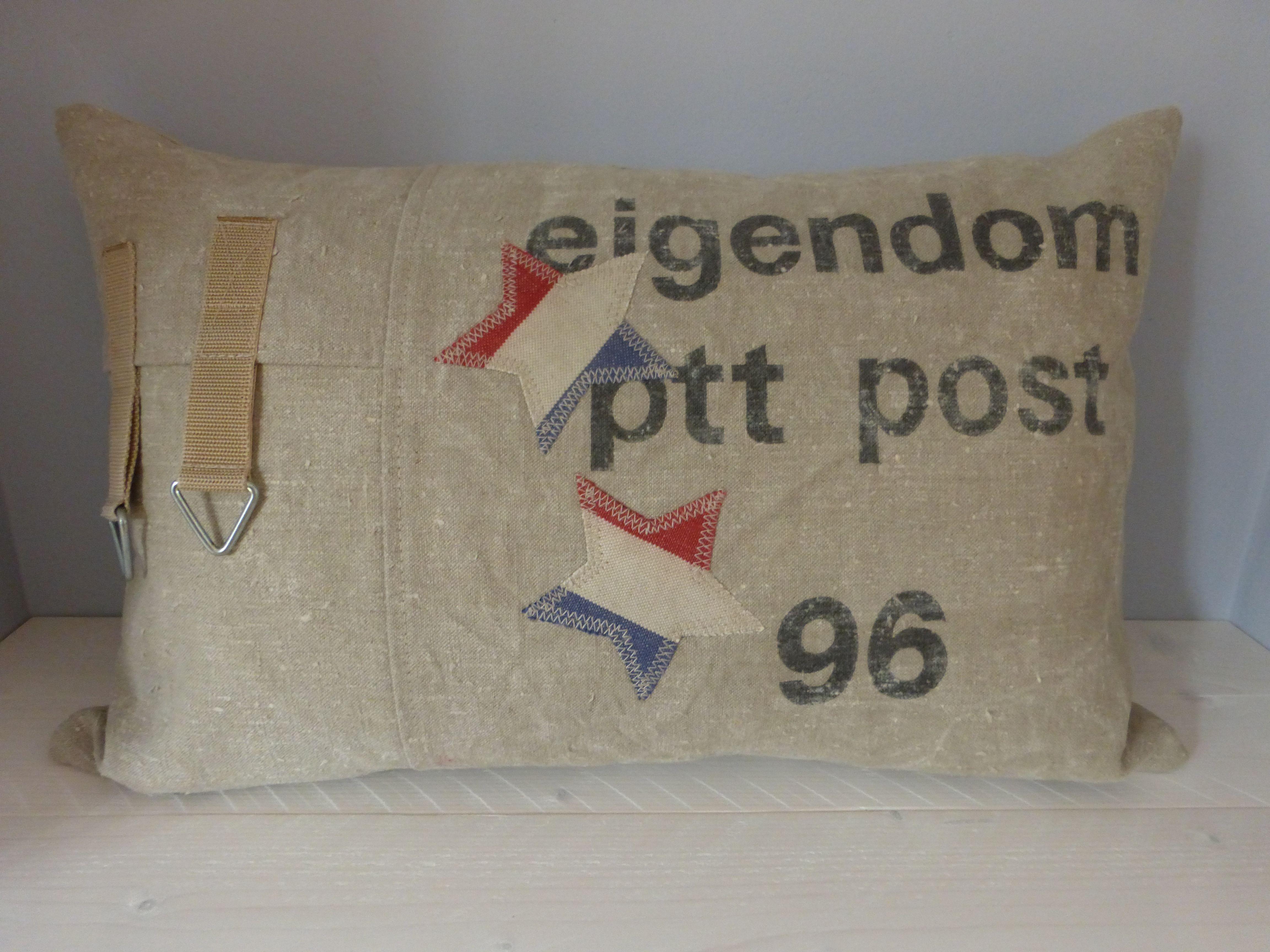PTT Postzak kussen, gemaakt in opdracht.