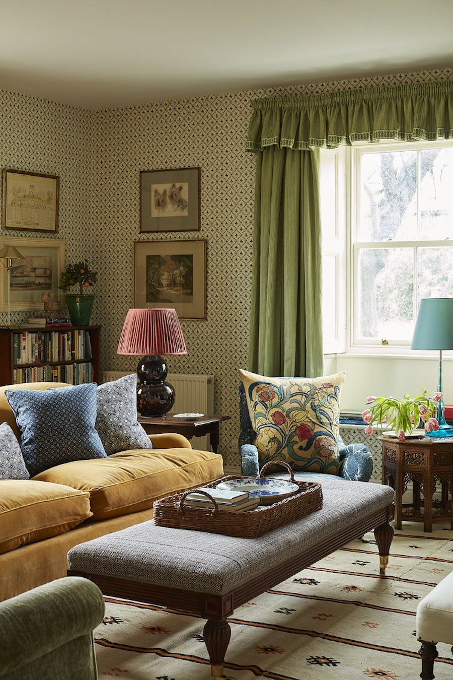 10 Fantastic English Country Living Rooms You Must See In 2021 English Country Living Room Country Living Room Farm House Living Room