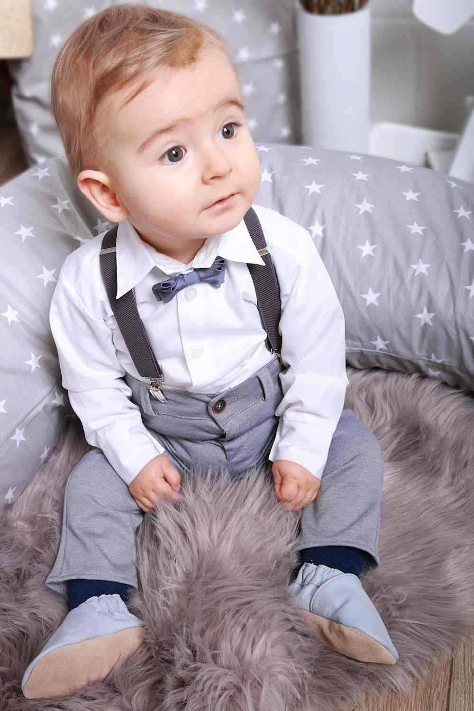 Taufanzug Fur Jungen Mit Fliege Und Hosentragern Anzugshose Mit Elastischem Gummibund Fur Leichtes An Und Au Taufanzug Anzug Baby Junge Baby Anzug Hochzeit