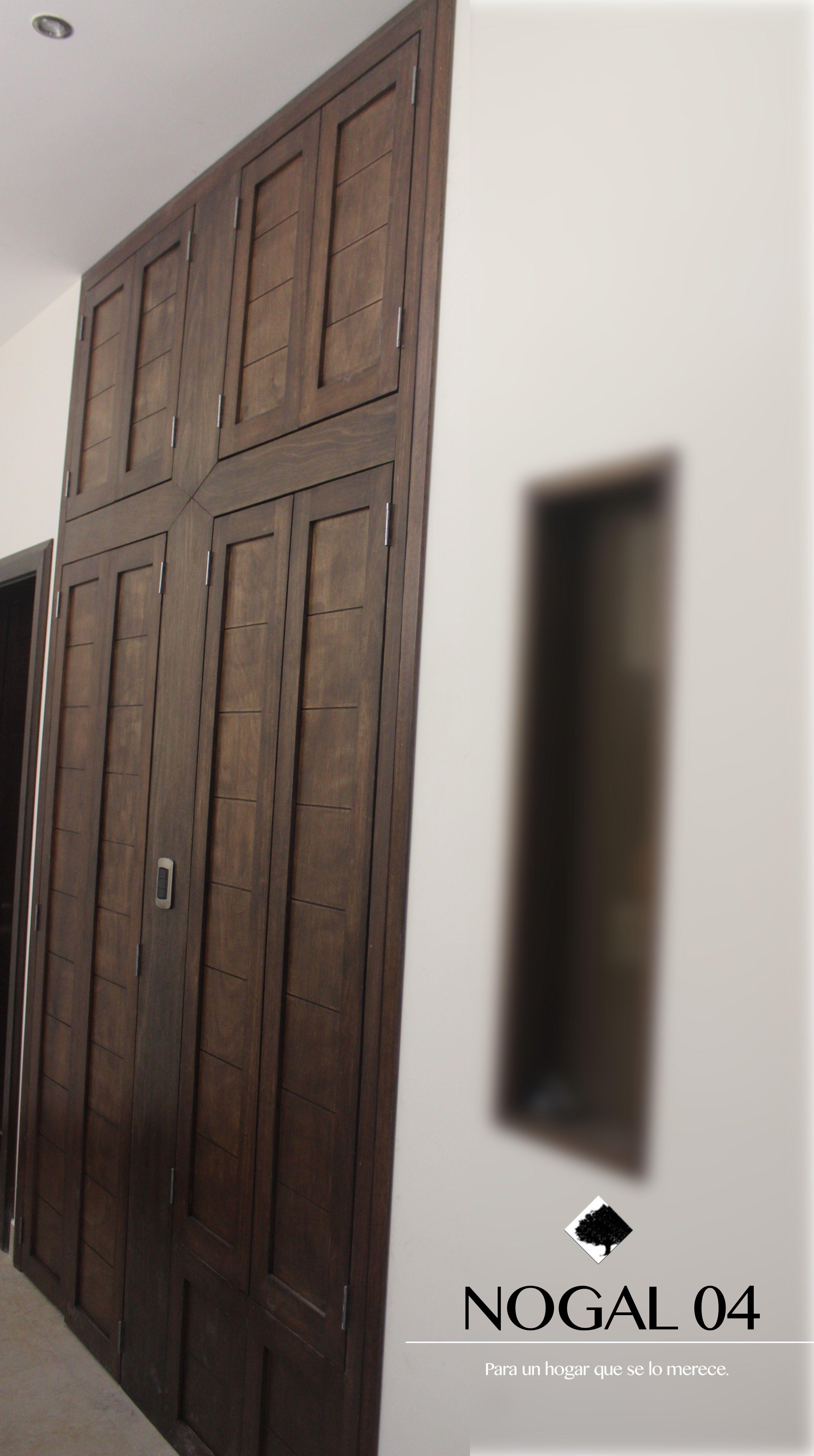 Mueble en madera de nogal puertas de lavabo y zinc for Mueble lavabo madera