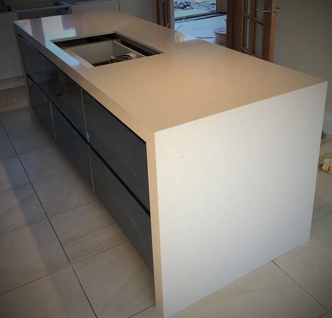 75mm Silestone Royal Reef