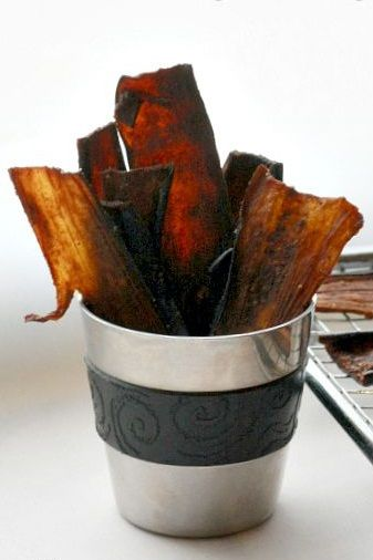 EGGPLANT JERKY ~~~ recipe gateway: this post's link AND http://www.rawmazing.com/eggplant-fries/ [thankyourbody] [rawmazing]
