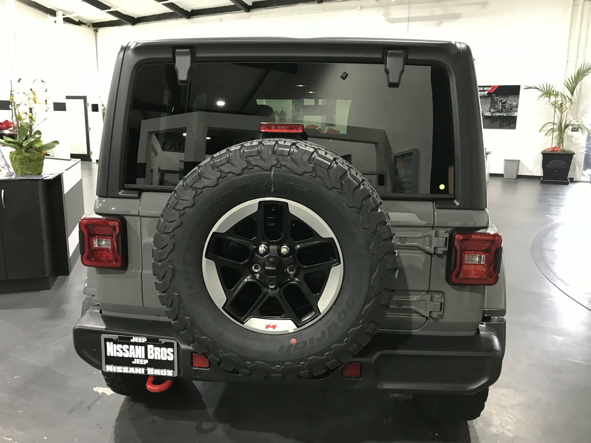 Jeep Jl Sting Gray Jeep Jl Classic Car Insurance Jeep
