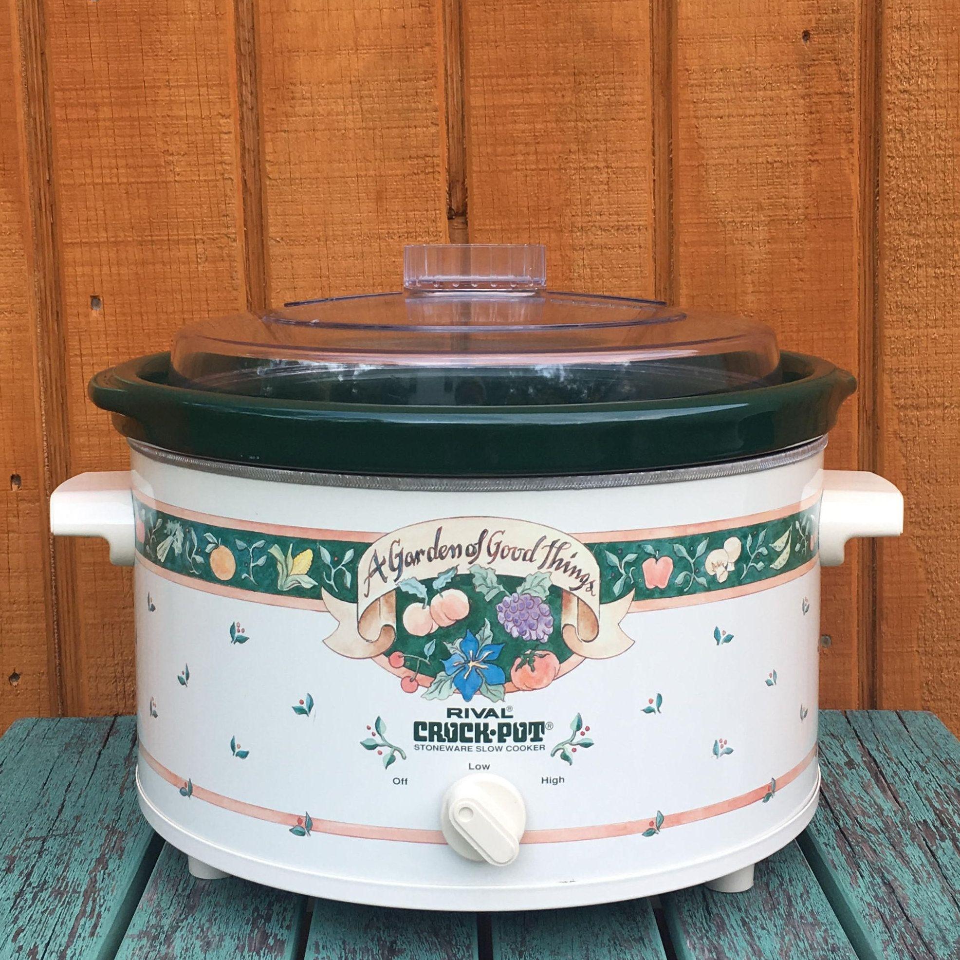 Vintage Kitchen Slow Cooker Cover