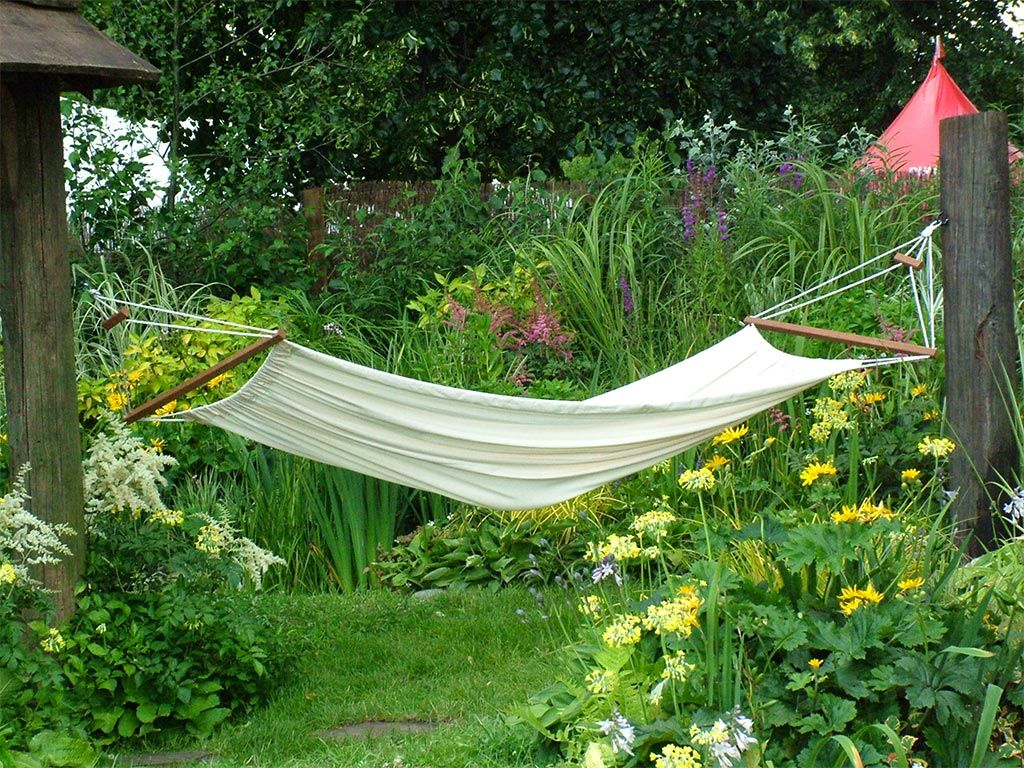 seat outdoor product wooden hammock canopy garden with a swing