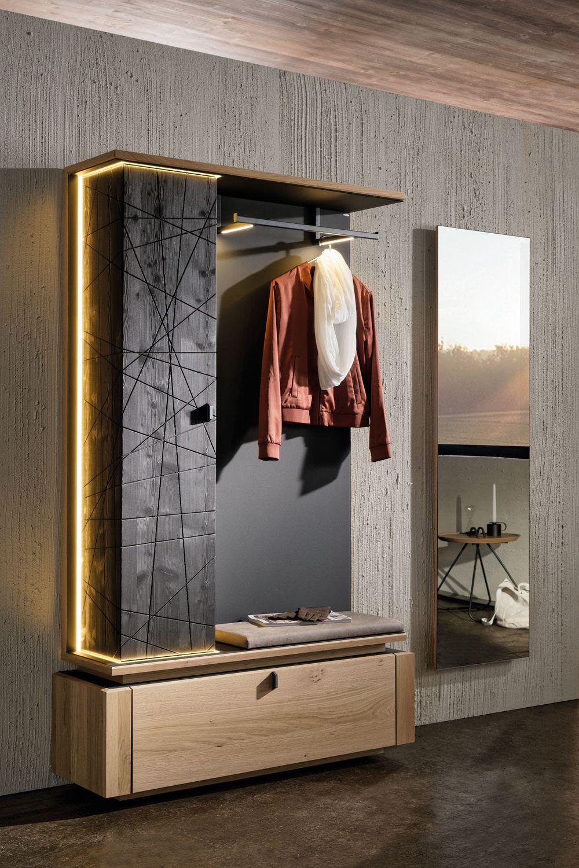 Garderobe V Aura Mit Eiche Larche Von Voglauer Mobel Letz Ihr Online Shop Voglauer Garderobe Voglauer Badezimmer Dekor Diy