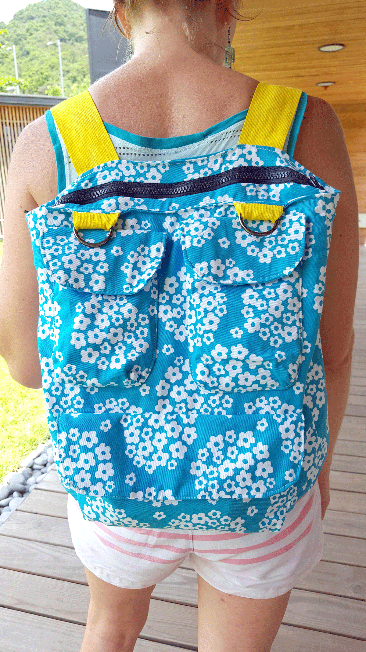 Convertible purse backpack free sewing pattern tutorial by nap convertible purse backpack free sewing pattern tutorial by nap time creations jeuxipadfo Image collections