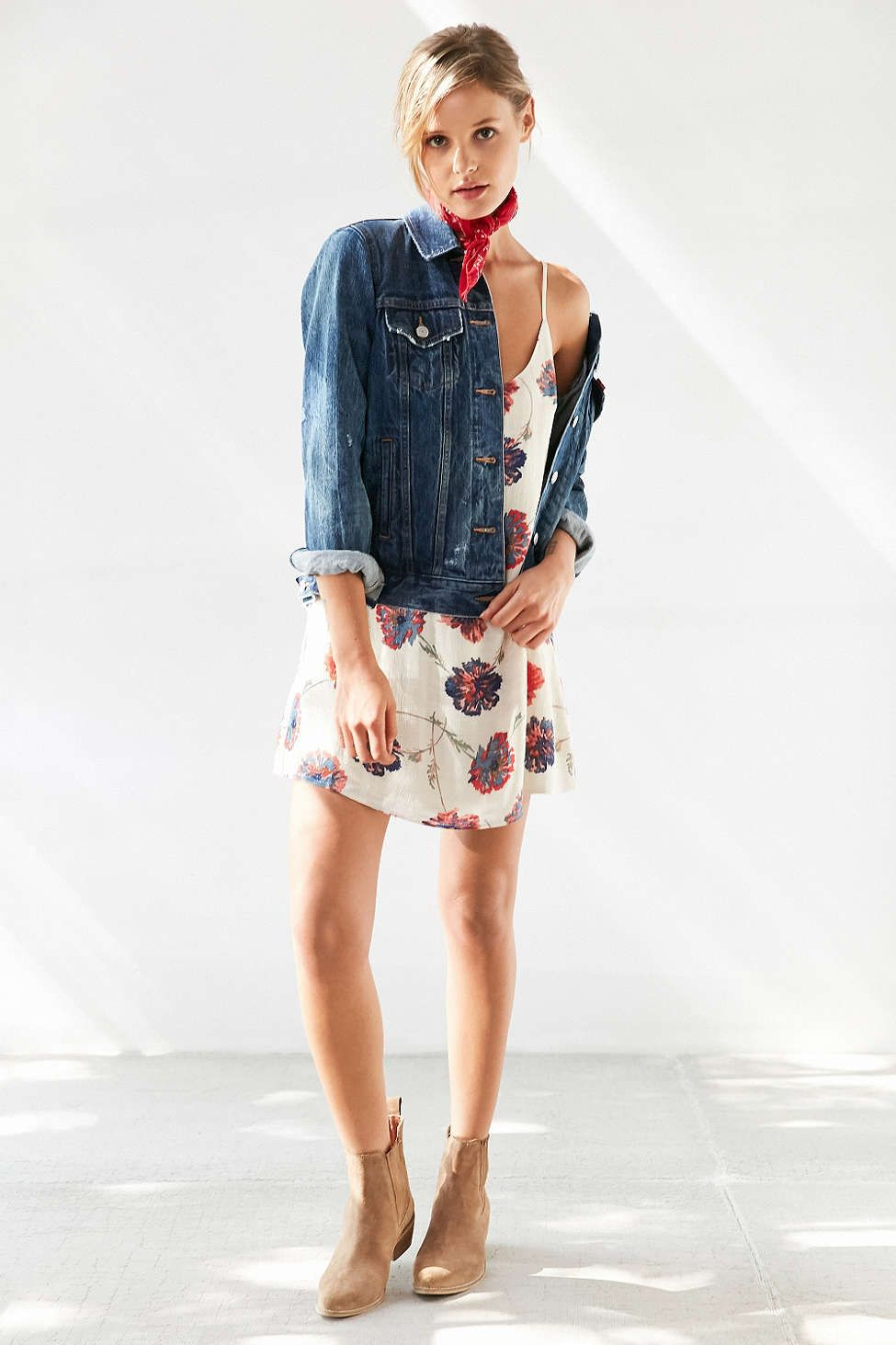 fc1ec0bf4e52a Kimchi Blue Cambridge Floral Dobby Slip Dress | I Want | Urban ...