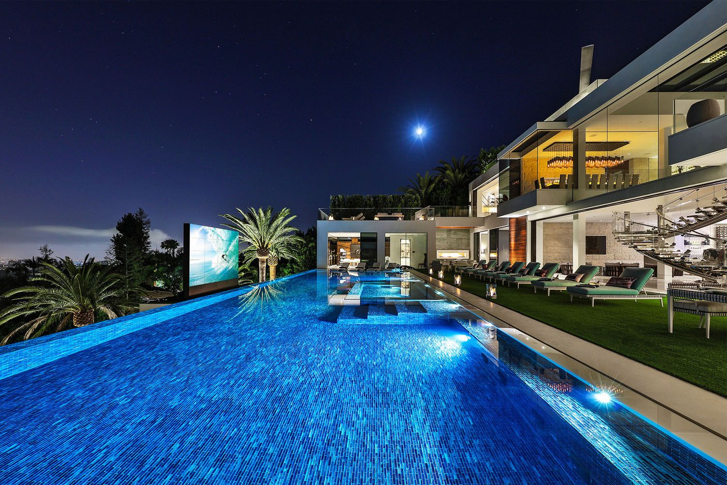 Inside The Most Expensive Luxury Mansion In The United States Mansions Modern Mansion Mansions Luxury