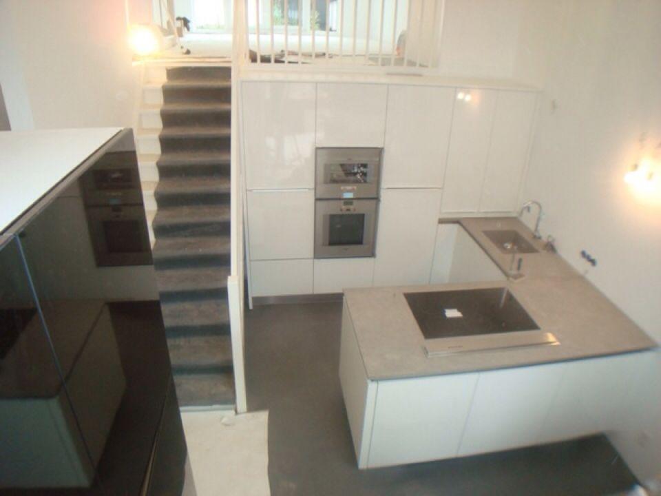 Keuken Met Betonblad : Keuken met betonblad. gespiegeld in mijn huis home! pinterest