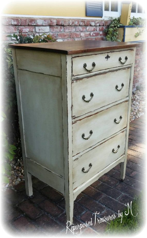 Distressed Vintage Bedroom Inspiration: Pin By Michaela Turiace On Awesome Etsy Finds In 2019