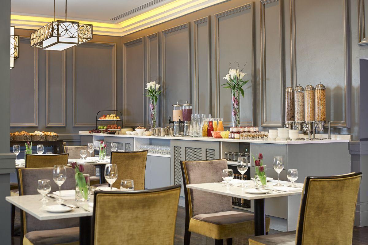 breakfast at the exchange restaurant - Breakfast House Restaurant Wall Designs