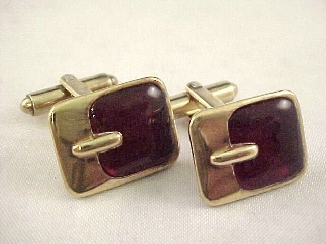 Vtg 1940s Burgundy Red Transparent Lucite BUCKLE Gold Tone Toggle Cuff Links