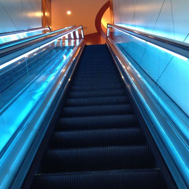 Dfw Airport Escalator Lighting Fun