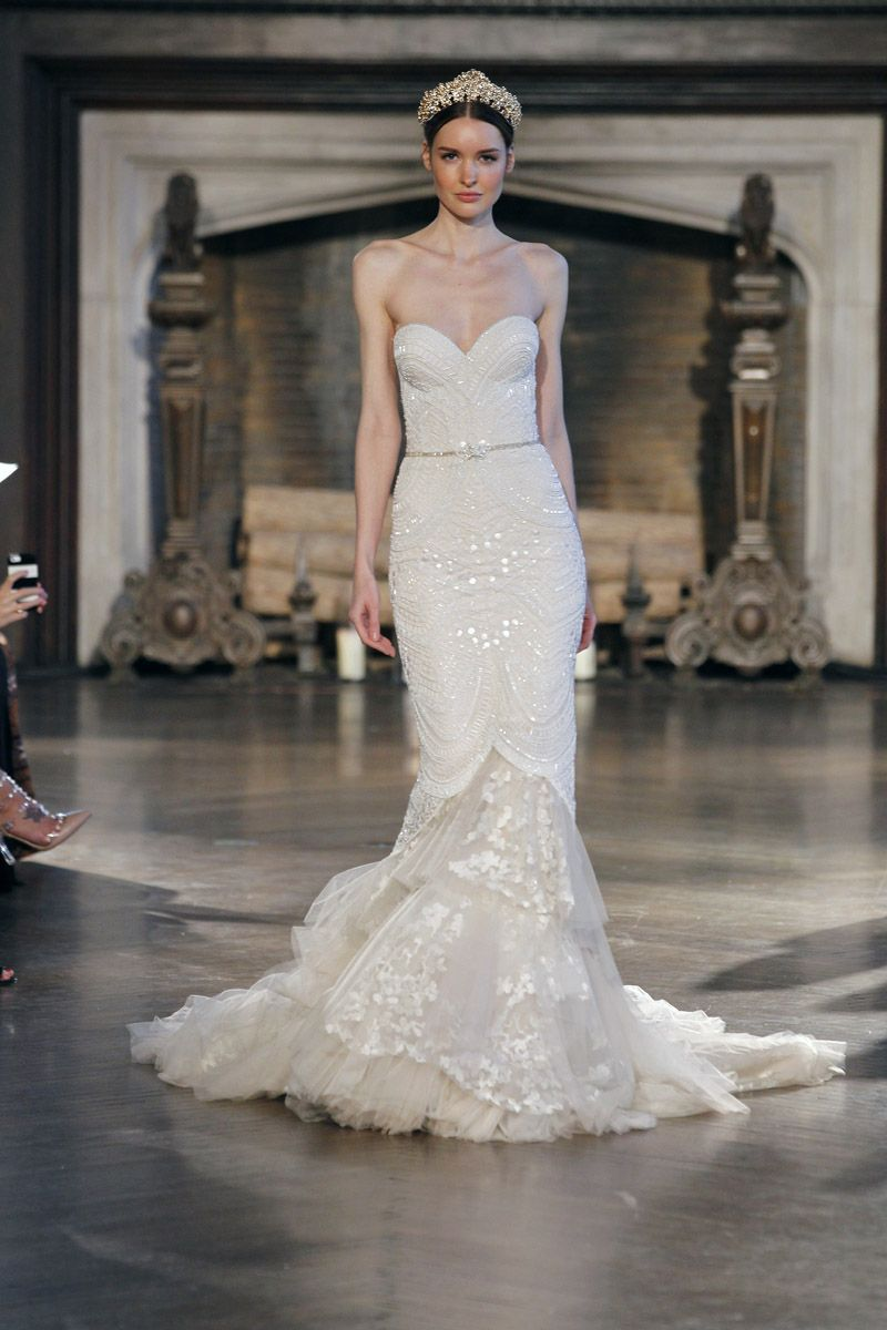 Kate moss wedding dress  Inbal Dror Runway Show Fall   Wedding Dresses  Pinterest