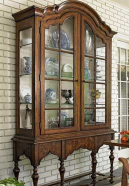 Stuyvesant Display Cabinet Top Base Great For Dining Room