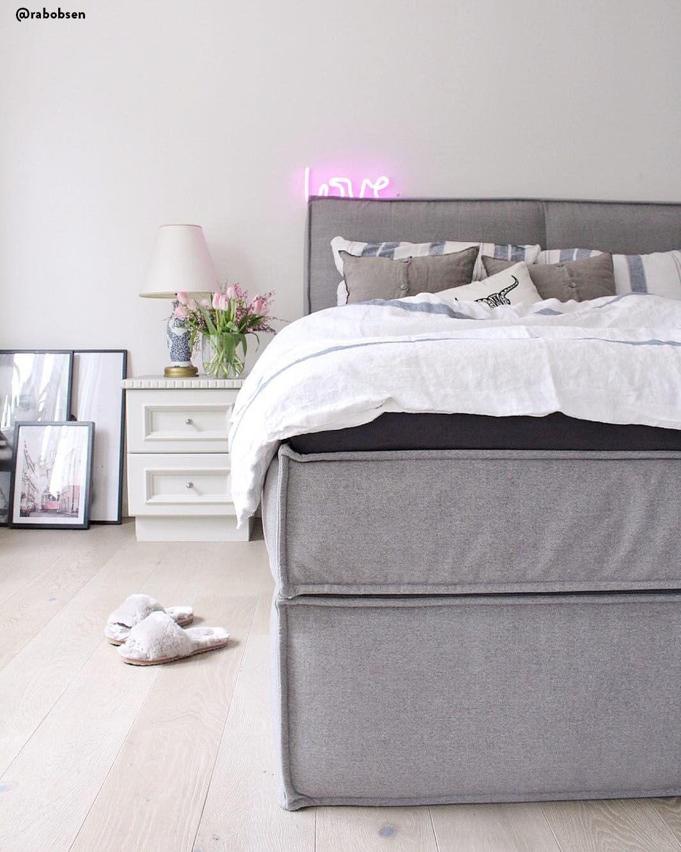 Decorazioni minimali e colori neutri per una camera da letto ...