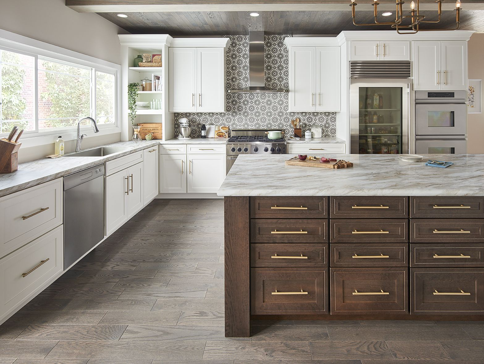 Gallery Photo Kitchen Cabinets Bath Vanities Mid Continent Cabinetry In 2020 Semi Custom Kitchen Cabinets Custom Kitchen Cabinets Kitchen Cabinets