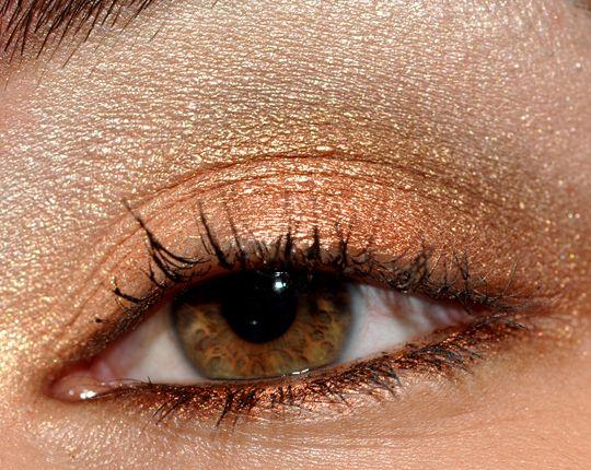 Bronzy Neutrals: MAC Colour 4 Eyeshadow Quad Look