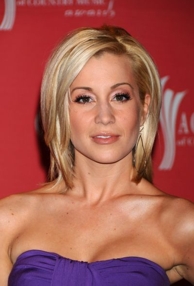 Kellie Pickler Hairstyles Pixie Bob Short And Long Haircuts
