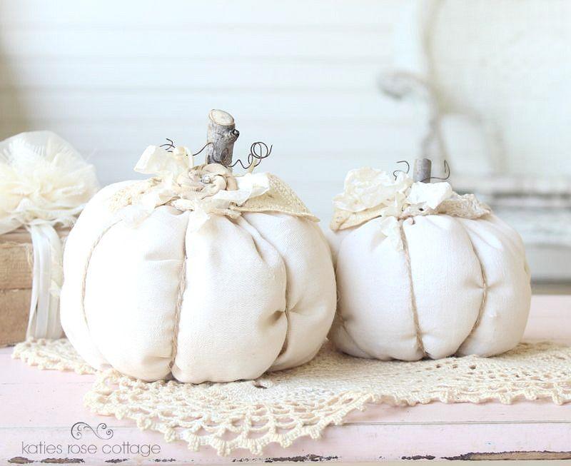 Fabric Pumpkins with Vintage Lace   Zucche   Pinterest ...