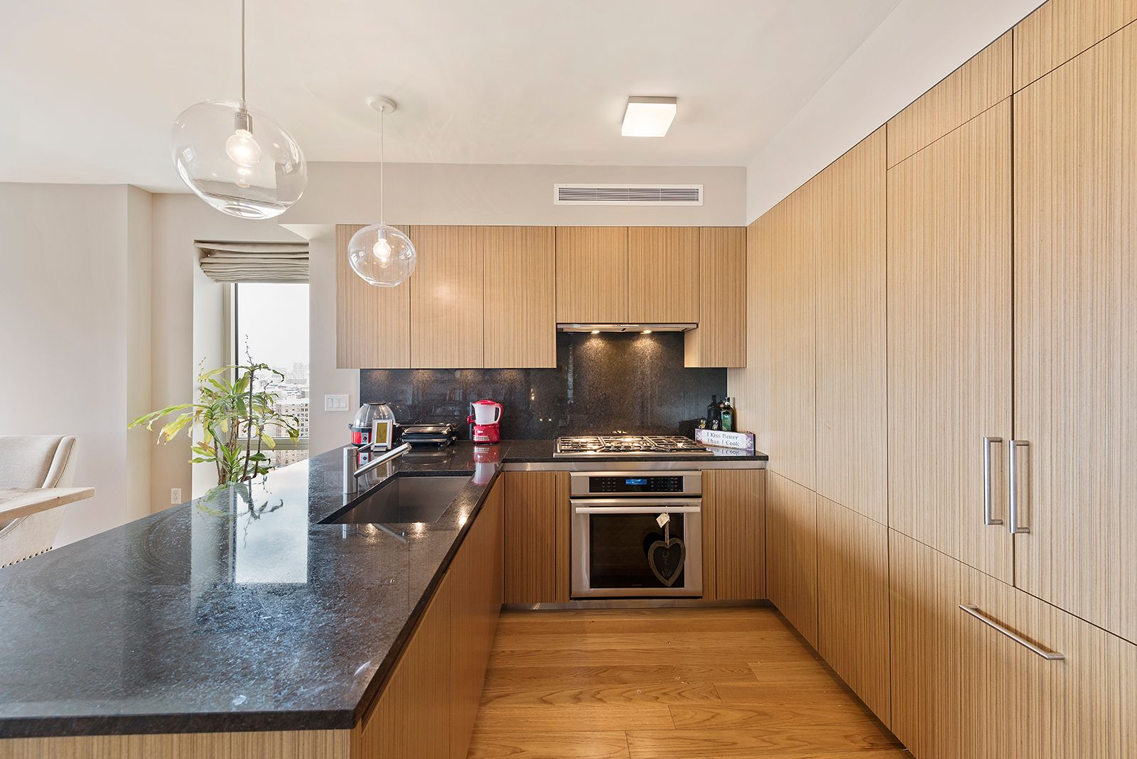 No window kitchen sink  donatella arpaia cooks up condo at one museum mile  condos and kitchens