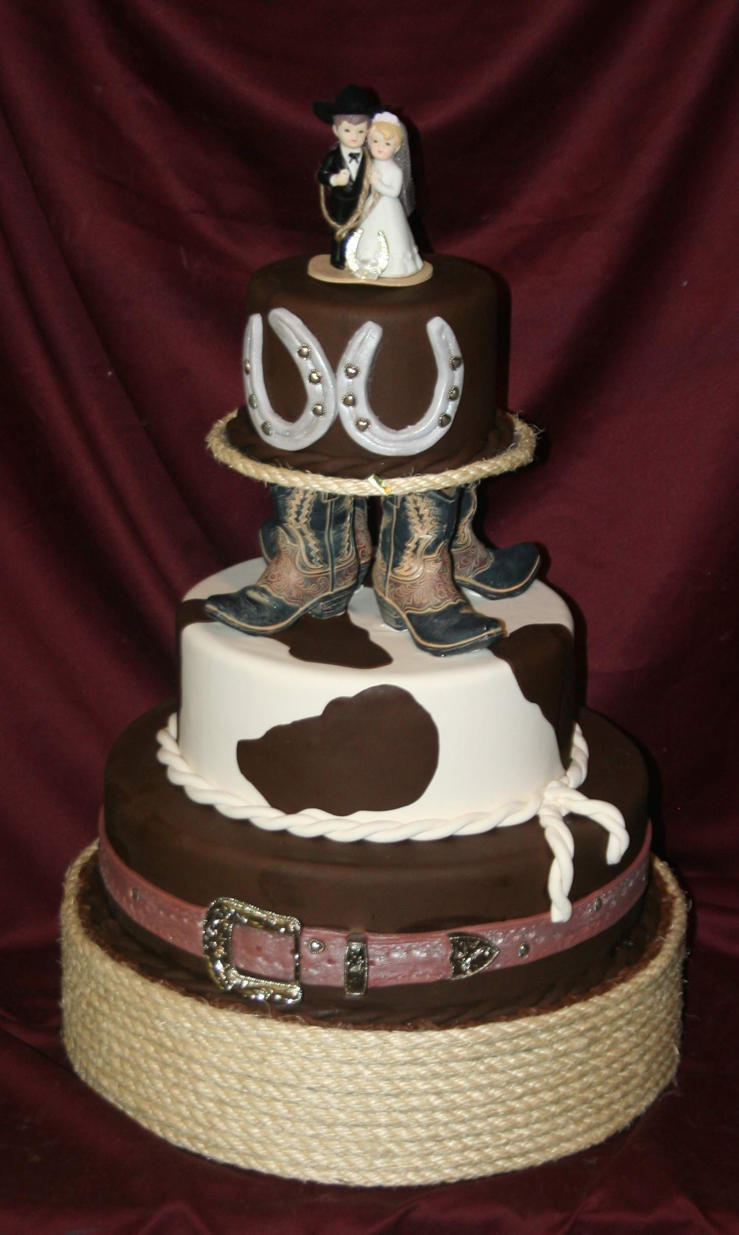Western Themed Cake Add A Cowboy Hat To Top Of Cake To Make This A Wonderful Birthday Cake A Western Wedding Cakes Cowboy Wedding Cakes Country Wedding Cakes