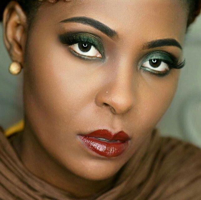 Emerald green eyeshadow