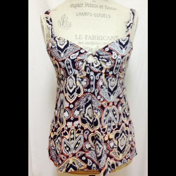 Summer Print Top by BANANA REPUBLIC Size PL. Excellent condition! (See all photos as they are part of the description and should be viewed as such). *SMOKE FREE HOME* Banana Republic Tops Tank Tops