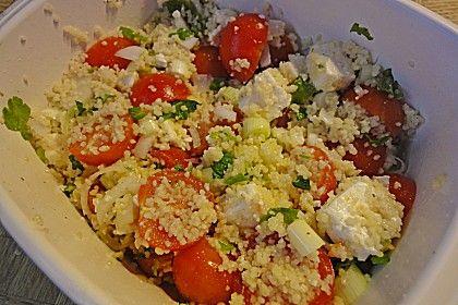 Couscous - Salat mit Tomaten und Feta, ein tolles Rezept aus der Kategorie Eier & Käse. Bewertungen: 41. Durchschnitt: Ø 4,4.