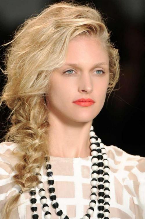 Fryzury Trendy Na Plażę Długie Włosy Hair Colour