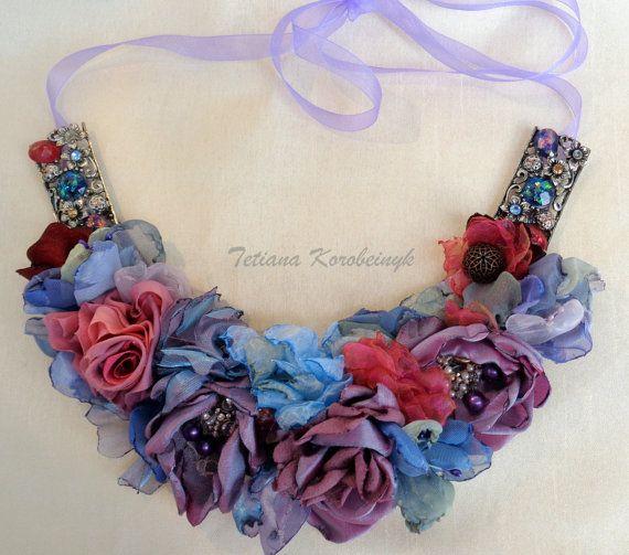 Collana di stile fiori di stoffa di moda di SilkRibbonembroidery
