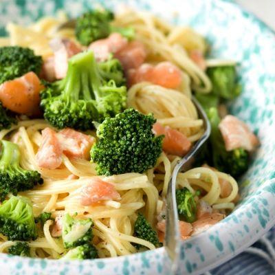 Spaghetti carbonara met zalm en broccoli #gezondeten