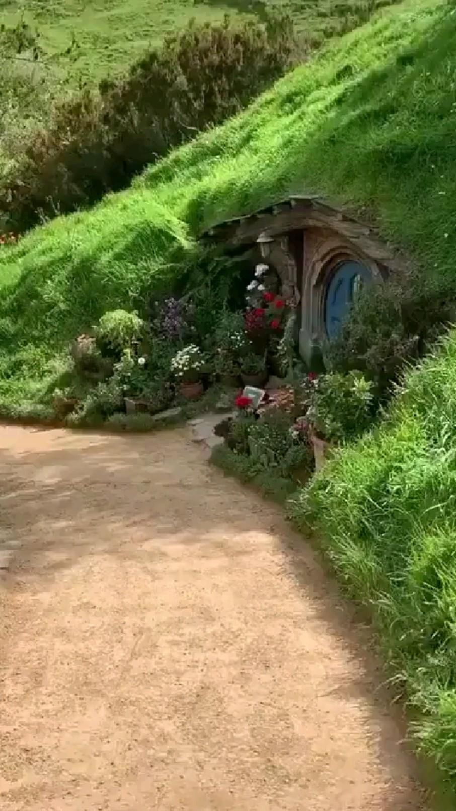 Welcome to Hobbiton in New Zealand Who would like to live there ?😊