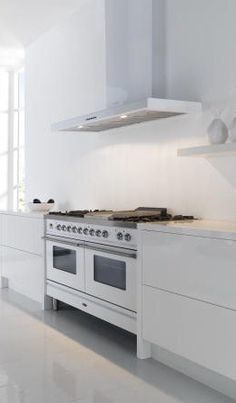 ILVE Range Cooker In Stainless Steel With Slab Style Modern Hood | Kitchen  Design Ideas | White | Spacious Kitchens