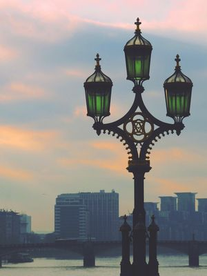 London Days — Wandering Tv