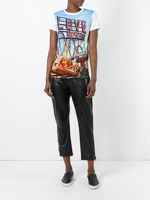 23f6517a77 Love Moschino Fun Fair Printed T-shirt - Farfetch | Work | T shirt ...