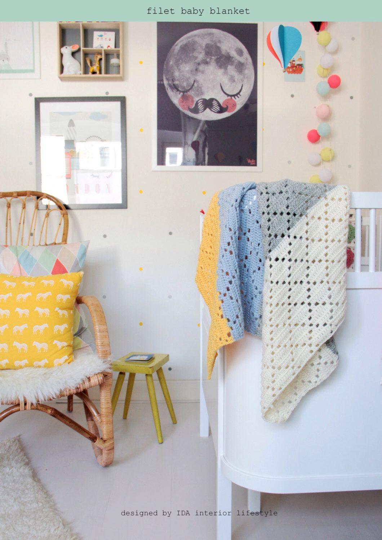 Filet crochet baby blanket --> english PDF PATTERN by idalifestyle on Etsy https://www.etsy.com/listing/248054412/filet-crochet-baby-blanket-english-pdf
