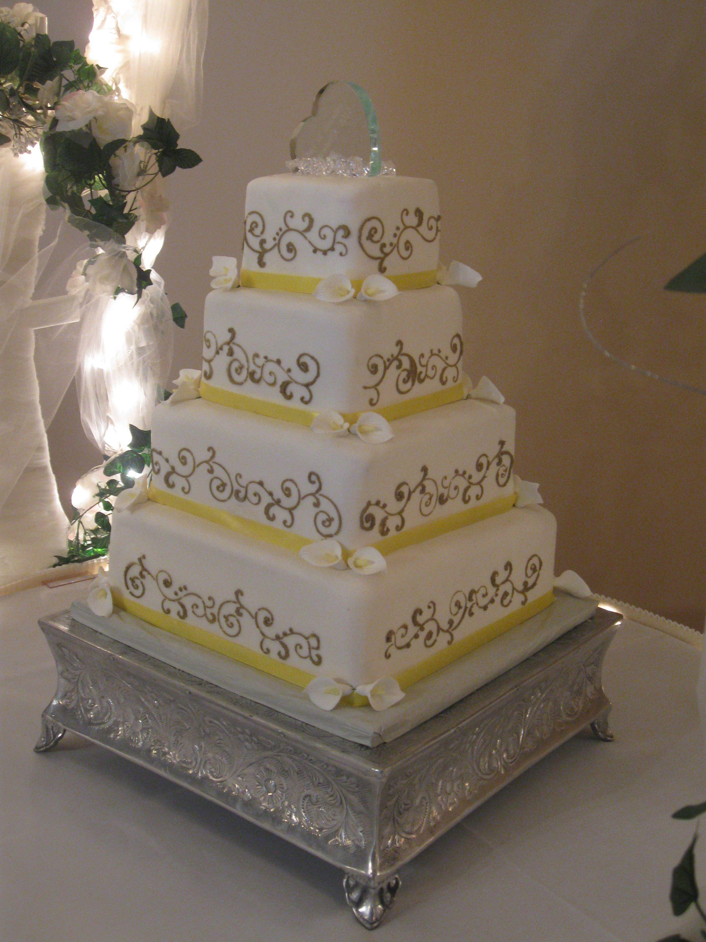 Congrats to amy and devin cuest la vie wedding cakes