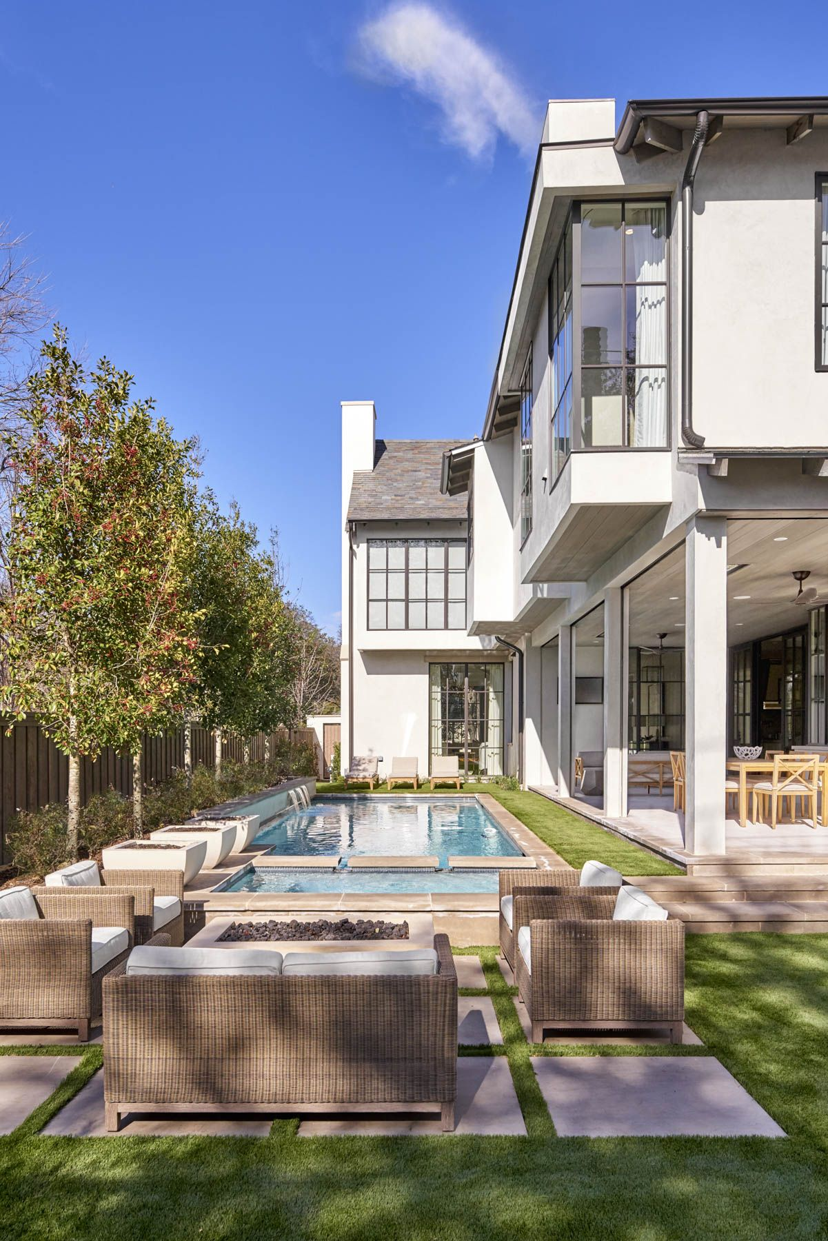 Home exterieur designtrends 2018 featured homes  robert elliott custom homes  exterior in