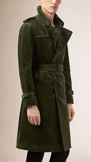 5029117f5a59 Trench coat de veludo cotelê Green Trench Coat, Trench Coat Men, Burberry  Trench Coat