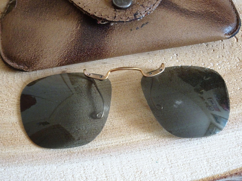 Vintage Polaroid Clip On Sunglasses Wayfarer Style With Case
