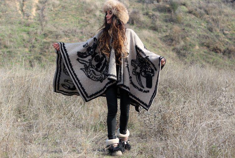 Poncho+Fur Tiara