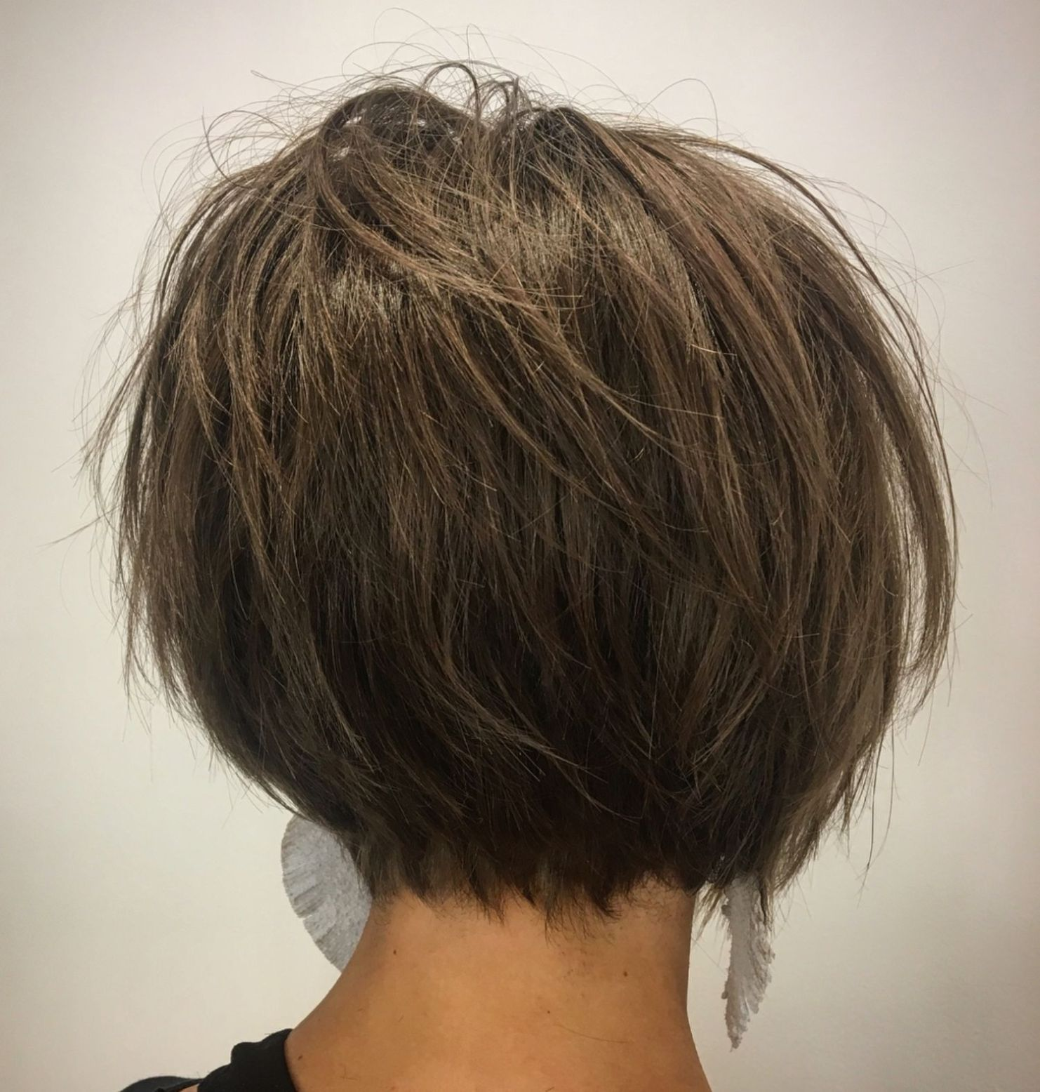 60 Classy Short Haircuts and Hairstyles for Thick