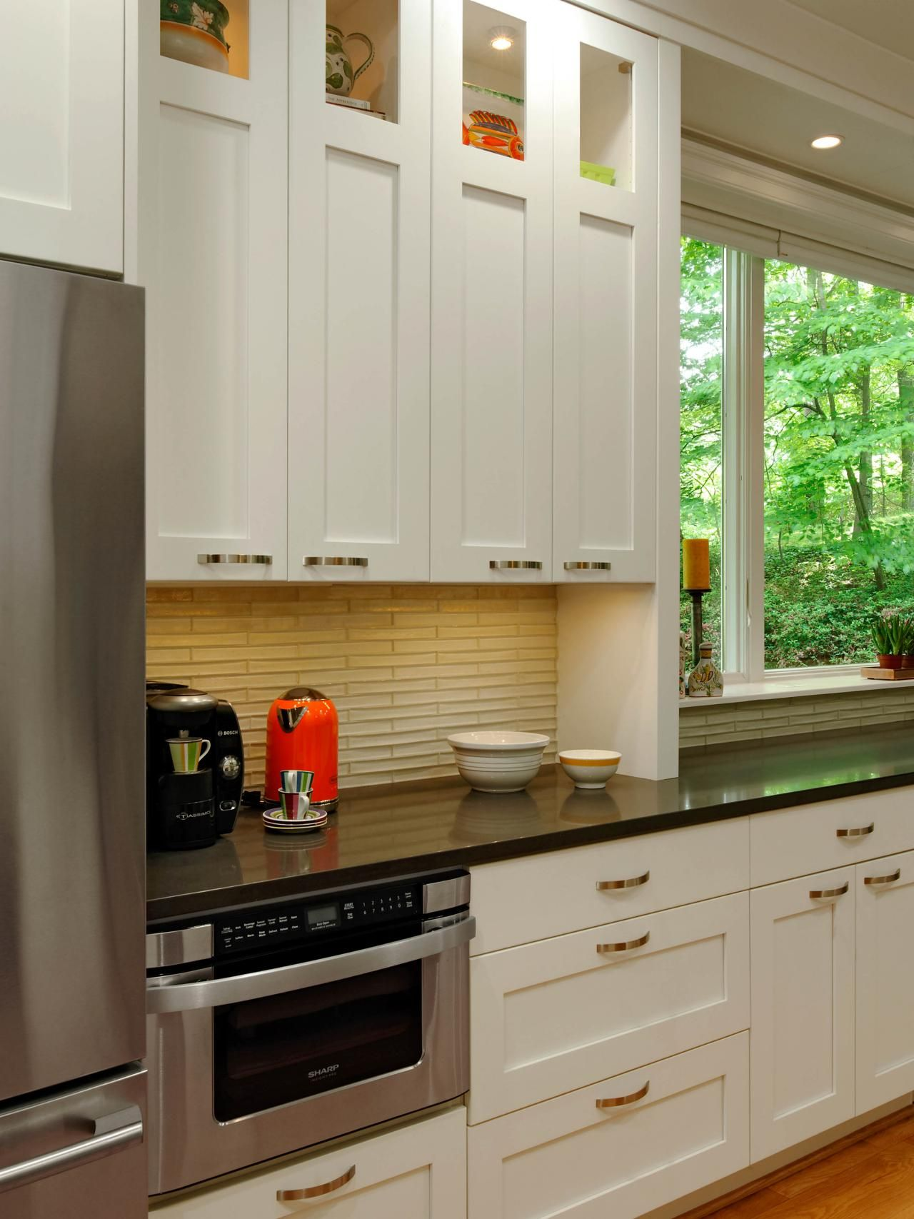 Best This Contemporary Galley Kitchen White Cabinets A Black 400 x 300