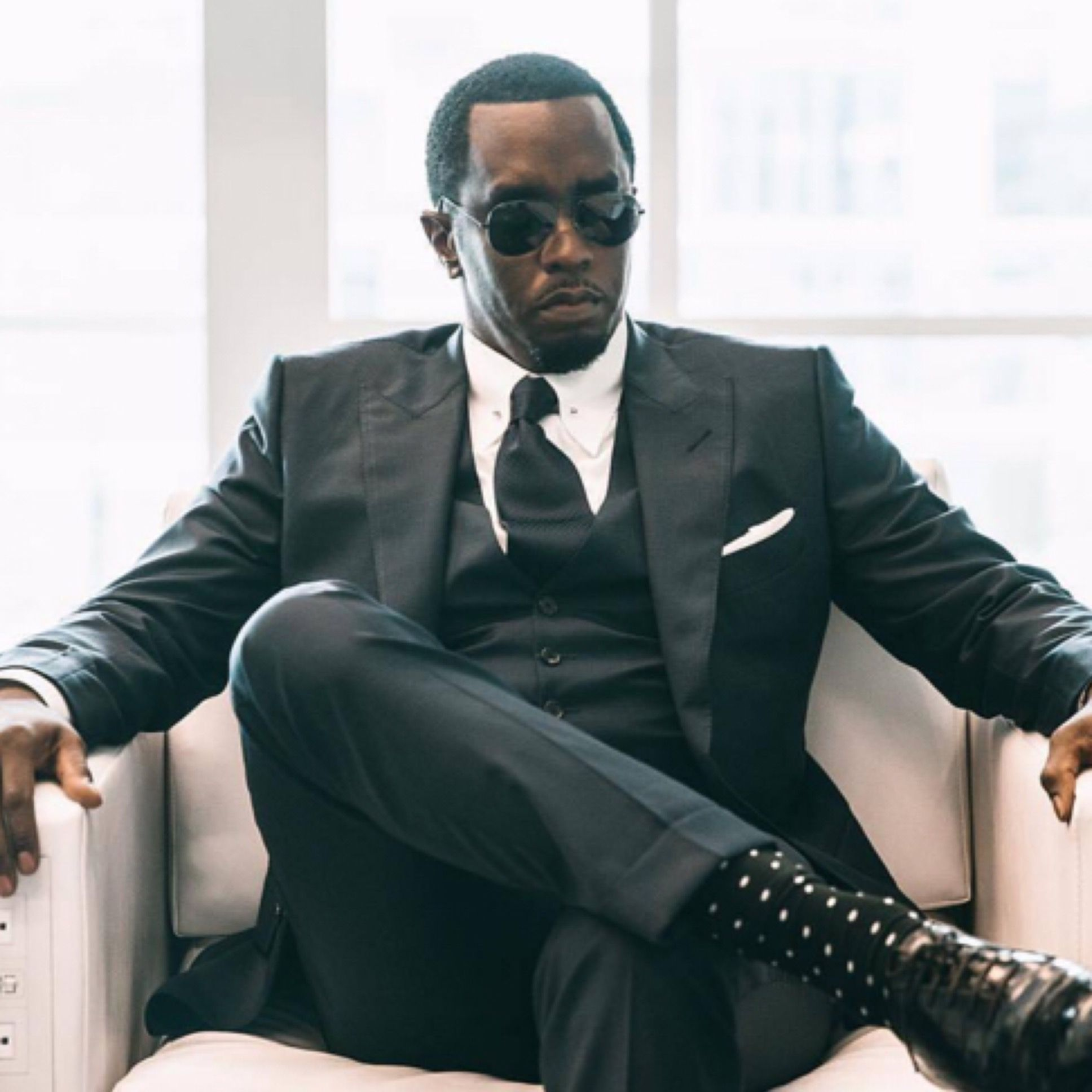 A Biography of a Music Mogul Sean Diddy Combs