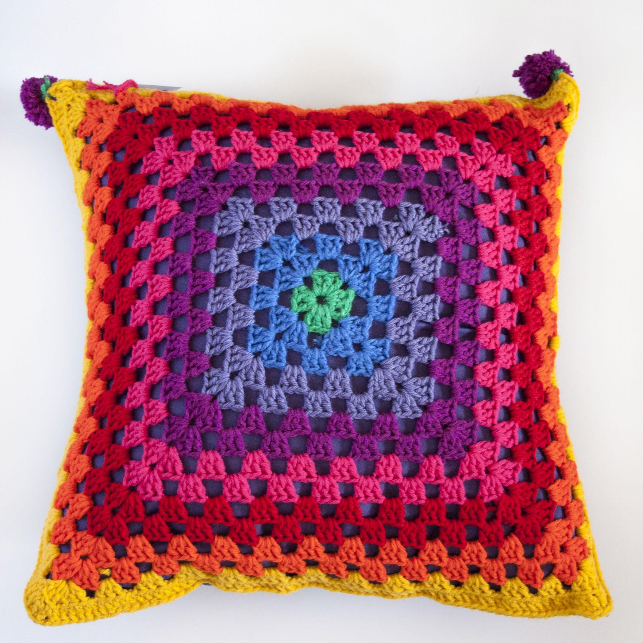 Funda para almohadon al crochet, $150 en ofeliafeliz